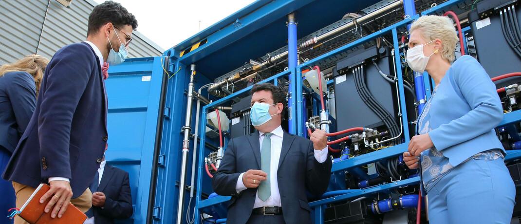 Pressetermin im europaweit größten Wasserstoffkraftwerk in Rostock