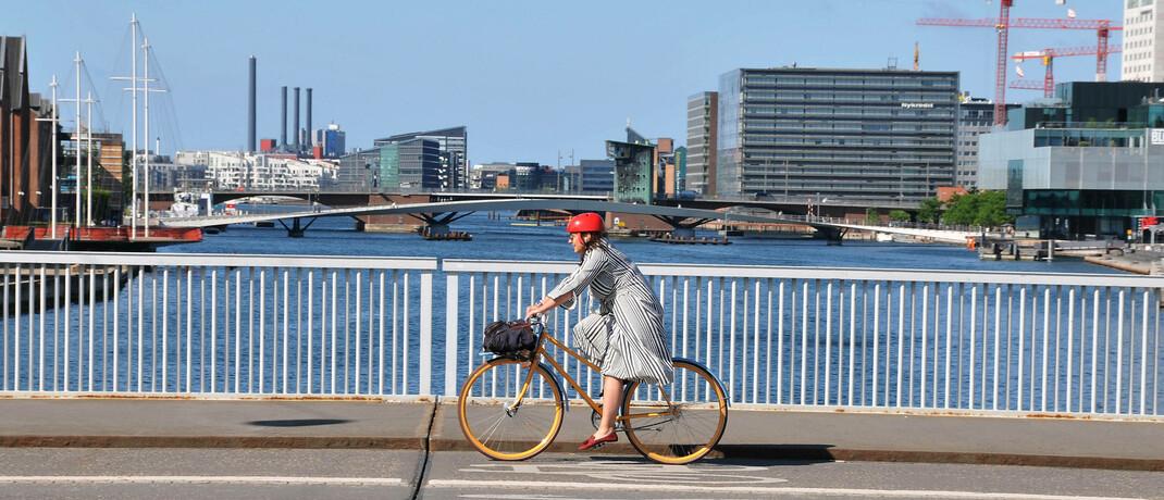 Radfahrerin in Kopenhagen