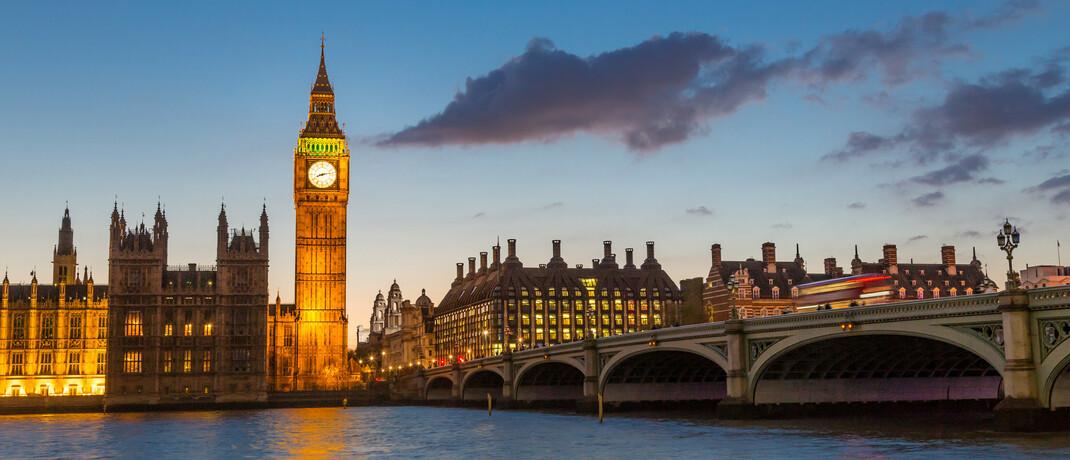 Blick auf den Londoner Glockenturm Big Ben