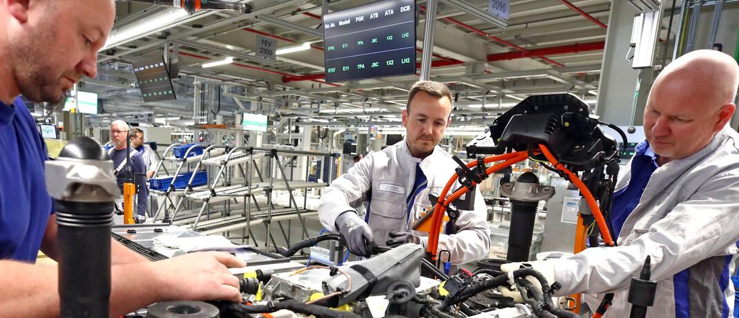 Autoproduktion im Volkswagenwerk Zwickau