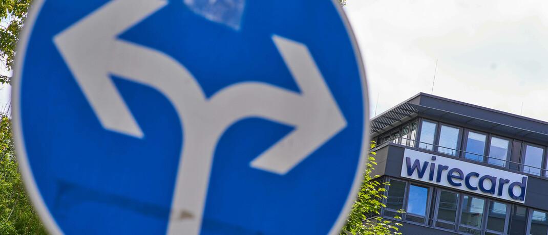 Verkehrsschild vor der Aschheimer Zentrale des Wirecard-Konzerns