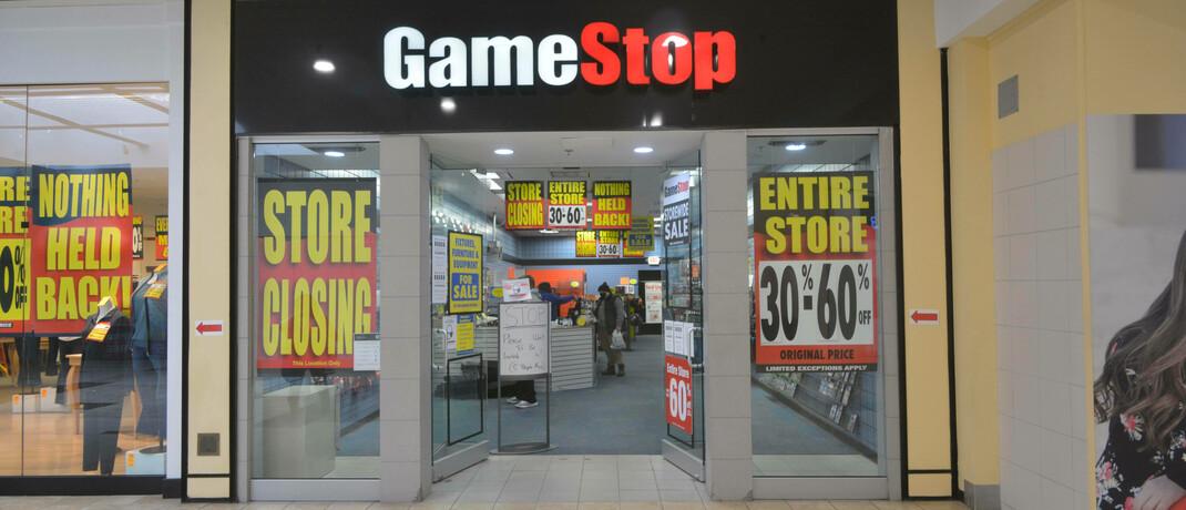 Eingang zu einem Spiele-Shop von Gamestop
