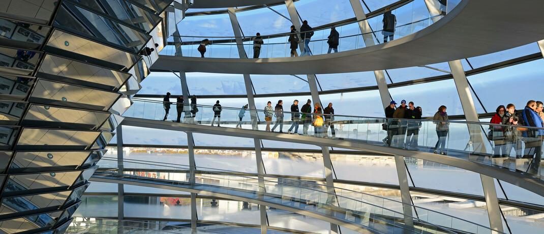 Glaskuppel des Berliner Reichstagsgebäudes