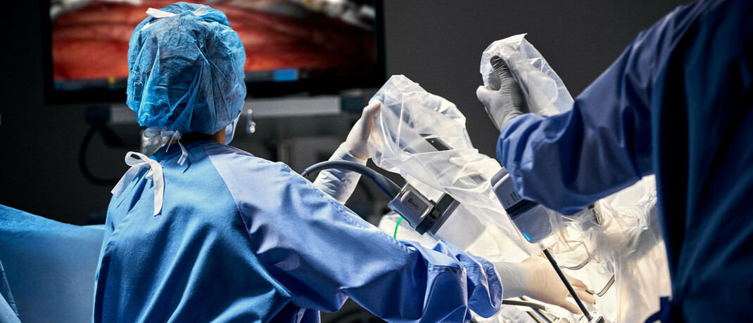 Operation mit dem Da-Vinci-System von Intuitive Surgical