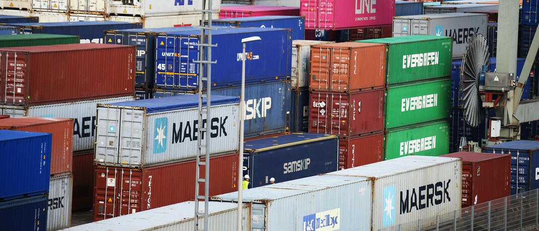 Container im Rheinhafen von Mannheim