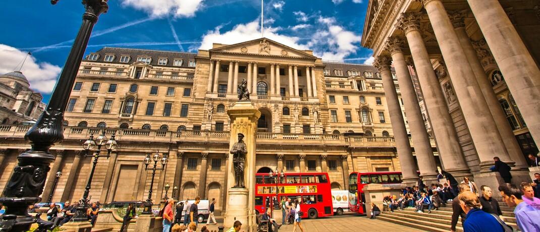 Sitz der britischen Notenbank im Finanzdistrikt in London