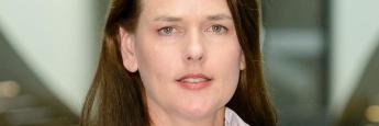 Dorothea Mohn ist beim Verbraucherzentrale Bundesverband für das Thema Finanzmarkt zuständig.