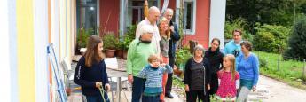 Bei der Weitergabe von Vermögen an die nachfolgende Generation setzen viele Deutsche auch auf das Vererben ihrer selbst genutzten Immobilie.