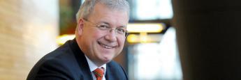 """""""Keine zweite Zielmarktanalyse erforderlich"""", sagt Markus Ferber, Abgeordneter und stellvertretender Vorsitzender des Ausschusses für Wirtschaft und Währungdes im Europäischen Parlament"""