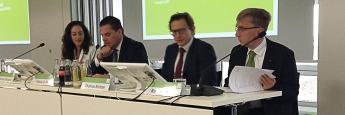 Auf der BVI-Jahreskonferenz. Von links: Leiterin Kommunikation und Veranstaltungen Patrizia Ribaudo, Präsident Tobias Pross, Hauptgeschäftsführer Thomas Richter, Geschäftsführer Rudolf Siebel