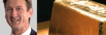 Hanré Rossouw, Portfolio Manager des Investec Global Gold Fund, ein Goldbarren
