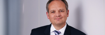 """""""Wir halten unsere Maßnahme angesichts des Paradigmenwechsels an den Anleihemärkten für geboten"""", kommentiert Thomas Böckelmann von der Frankfurter Vermögensmanagement EuroSwitch GmbH."""