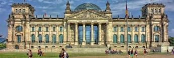 Das Reichstagsgebäude in Berlin: Der charttechnische Ausblick für deutsche Bundesanleihen wendet sich zum Negativen
