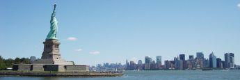 Statue of Liberty mit Blick auf Manhattan