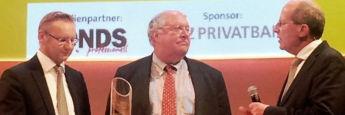 Erhielt den Sauren Golden Award 2015 in der Kategorie Aktien USA: Bill Miller (M.) von Legg Mason Global Asset Management.