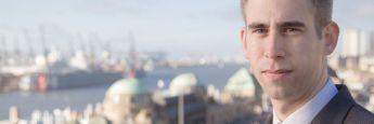 """Rechtsanwalt Jens Reichow, Kanzlei Jöhnke und Reichow: """"Bei Weiterbildungsmaßnahmen geht der VersVermV-Entwurf deutlich über das vom Gesetzgeber vorgesehene Maß hinaus."""""""