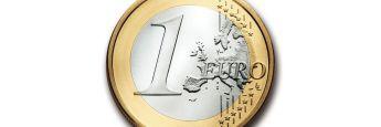 Euromünze. Wer früh mit dem Sparen beginnt, profitiert vom Zinseszinseffekt. Wie bei Sparbüchern funktioniert das auch bei Kapitalmarktprodukten.