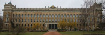 Landgericht Dresden: Im Saal 1.05 findet seit November 2015 der Prozess um den Finanzdienstleister Infinus statt.