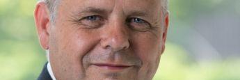 """Lars Skovgaard Andersen, Senior Investmentstratege bei der Danske Bank: """"Auf globaler Ebene haben aktive Fondsmanager in den FANG-Titeln (Facebook, Amazon, Netflix und Google) eine Übergewichtung von 64 Prozent."""""""