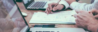 Die Studie zeigt: Berater und Kunden setzen bei den Anlagestrategien auf sehr unterschiedliche Kriterien.