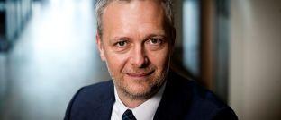 """Martin Nybye Sørensen, Leiter der Abteilung Unternehmensanleihen bei Jyske Capital: """"Die geringere Ertragserwartung geht nicht unbedingt mit einem niedrigeren Risiko einher. Dies hängt mit der bei Hochzinsanleihen üblichen vorzeitigen Rückkaufoption zusammen."""""""
