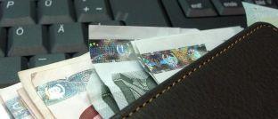 Ein volles Portemonnaie: Die Deutschen setzen bei der Vorsorge auf verschiedene Methoden.