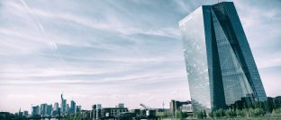 EZB-Zentrale in Frankfurt: Marktteilnehmer haben Angst vor Geldpolitik ohne Wirtschaftsstütze.