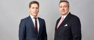 """Loys-Fondsmanager Ufuk Boydak (l.) und Christoph Bruns (r.) sind sich einig: """"Es besteht kein Zweifel, dass die Zinswende in den USA vollzogen ist."""""""