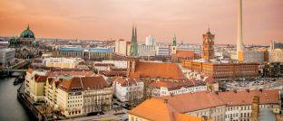 Blick auf Berlin: In Deutschlands Hauptstadt sind die Hebesätze für die Berechnung der Grundsteuer mit Abstand am höchsten.