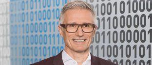 Axa-Vorstand Thierry Daucourt: Der Versicherer hat über 17.000 Verträge seiner Unfall-Kombirente gekündigt.