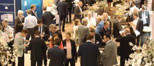 Rund 450 Besucher folgten der Einladung zum achten Vermögenstag der V-Bank ins Müchner Hotel Leonardo Royal.