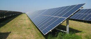 Fotovoltaikanlage: Seit wenigen Jahren spielt die Produktion von Solarzellen eine wichtige Rolle bei der weltweiten Nachfrage nach Silber, das für mindestens 20 Jahre in den Modulen gebunden ist. Vor allem China will seine Kapazität stark ausbauen.