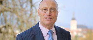 Manfred Schlumberger: Der langjährige Leiter des Portfoliomanagements bei BHF Trust Management wechselte im vorigen Jahr von der Berenberg Bank als Vorstandsmitglied zu Starcapital, um zunächst gemeinsam mit Peter Huber die Leitung des Portfoliomanagements zu übernehmen.