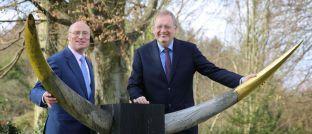 Vorgänger und Nachfolger bei Starcapital: Peter E. Huber (rechts) gibt nach und nach seine Fonds an Manfred Schlumberger ab