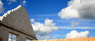 Haus im Bau. Welcher Baukredit-Anbieter die besten Bedingungen bietet, hat das DISQ untersucht.