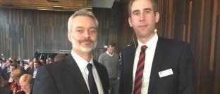 Die Rechtsanwälte Björn Thorben Jöhnke (li.) und Jens Reichow haben sich auf Vermittlerrecht spezialisiert.
