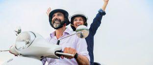 After Work: Wer sein Leben lang gearbeitet hat, sollte doch den Ruhestand genießen  können. Sparplaninvestitionen helfen, einen zusätzlichen Ertrag fürs Alter aufzubaue.