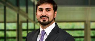 Osman Sacarcelik ist als Rechtsanwalt und Senior-Manager im Frankfurter Büro von Deloitte Legal tätig
