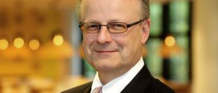 Hartwig Webersinke ist Professor und Dekan der Wirtschafts- und Rechtsfakultät der Hochschule Aschaffenburg. Unter seiner Leitung ist der Quick-Check für Vermögensverwalter entstanden.