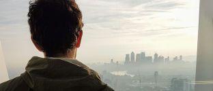 """Blick aus einem Bürofenster auf London: Laut David Rolfe Graeber gibt es in """"Großkonzernen, etwa im Finanzsektor"""" viele so genannte Bullshit-Jobs."""