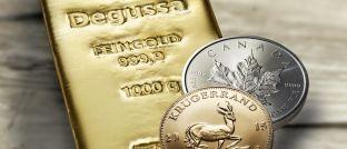 Goldbarren und -münzen: Gold beruhigt nicht nur die Nerven, sondern wirft in bestimmten Marktphasen auch ansehnliche Renditen ab.