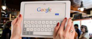 Google-Recherche: Rund zwei Drittel der Versicherungsgesellschaften in Deutschland sind regional kaum auffindbar und liegen mit deutlichem Abstand hinter ihren Wettbewerbern. Das zeigt eine Studie, für die Rankings ausgewählter Versicherungsgesellschaften bei den 15 der meistgesuchten Keyword-Kategorien bei Google untersucht wurden.