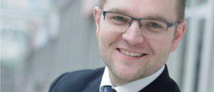 Finanz- und Versicherungsmakler Torsten Jasper betreibt die Podcast-Plattform Vertriebsansatz.de.