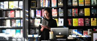 Jeden Monat stellen Redakteure von DAS INVESTMENT neue Bücher, Blogs und nach Redaktionsansicht sehenswerte Filme vor.