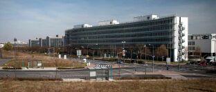 Sitz der Bafin in Frankfurt am Main. Die Finanzaufsichtsbehörde hat ein wachsames Auge auf Chancen und Risiken der Nachhaltigkeitsregulierung.