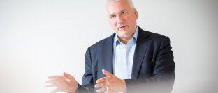 """Axel Kleinlein: Für den Sprecher des Vorstands des Bundes der Versicherten (BdV) ist der """"Provisionsdeckel in der Höhe jenseits von Gut und Böse"""". Das sagte er laut Versicherungsjournal jetzt auf einer Veranstaltung der Süddeutschen Zeitung in Köln."""