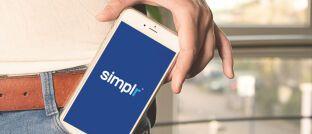 Die Kunden-App Simplr wurde 2015 vom Transaktionsdienstleister Blau Direkt als Informationsmanager für das Smartphone vorgestellt.