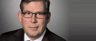 Claus Hecher kümmert sich bei BNP Paribas Asset Managements um die Entwicklung der ETF-Produkte und Indexlösungen im deutschsprachigen Raum.