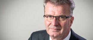 """Jürgen Kikker, Verhandlungsführer der Arbeitgeberseite: """"Wir sind den Gewerkschaften soweit wie wirtschaftlich vertretbar entgegengekommen."""""""