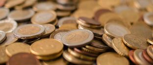 Euromünzen. Nur 19 Prozent des Vermögens deutscher Privathaushalte ist in Aktien angelegt.